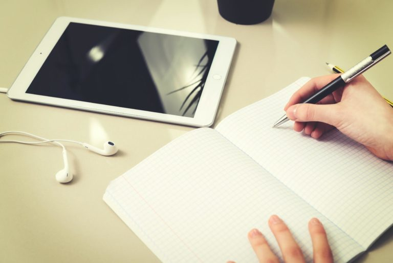 Find Essay Writers and Free up Time to Combine Study and Work